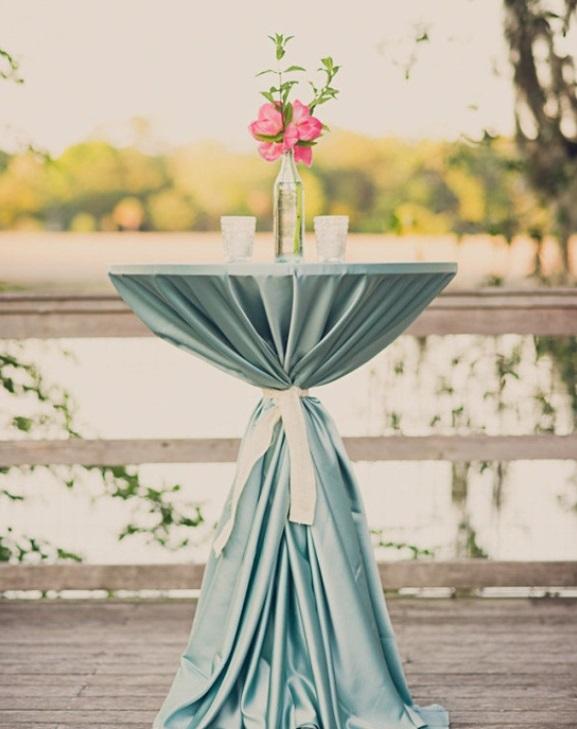 wedding cocktail table centerpiece