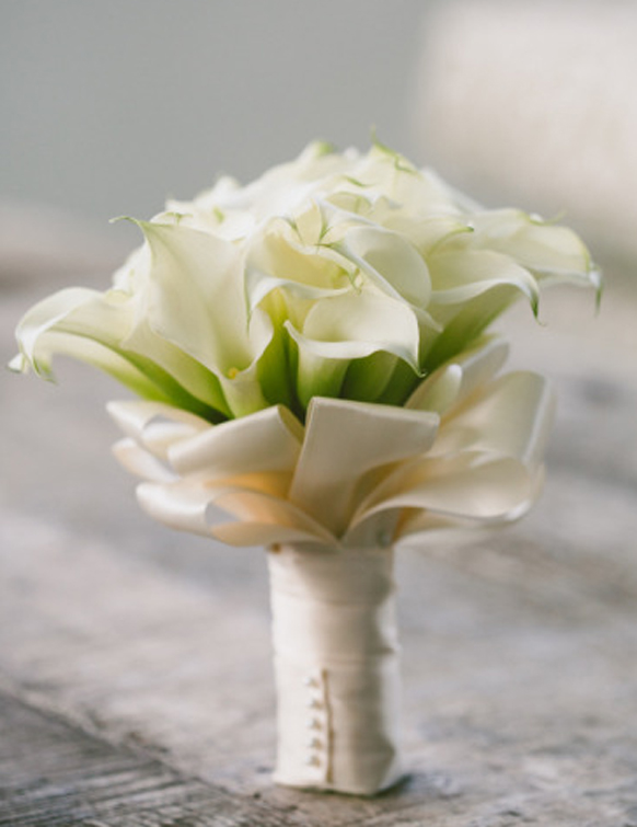 luxury white calla lillies wedding  bouquet