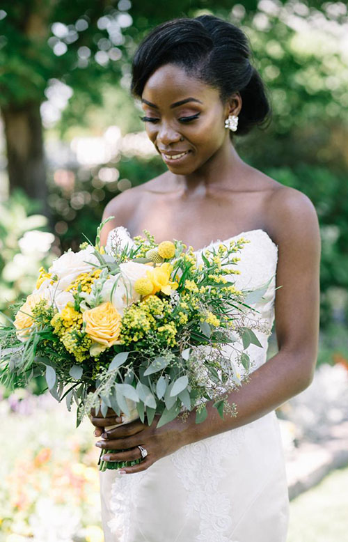 2020 Wedding Bouquet Trends_ Yellow flowers with greenery bouquet