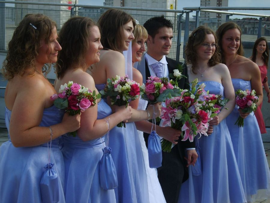 How to Choose Bridesmaid's Dress - Full Guide1