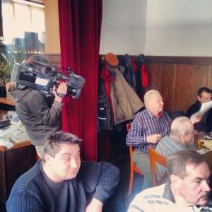 Ein Kameramann des RBB filmt