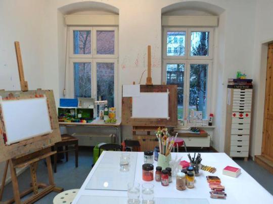 27 Quadratmeter Malen, Zeichnen und Platz für Kunst