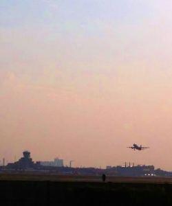 Flugzeug Tegel