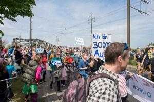 Anwohnerprotester Bösebrücke (C) Bürgerinitiative