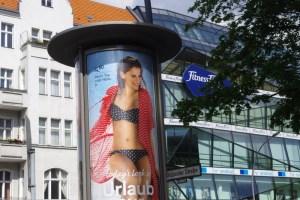 Werbetafel Müllerstr Brüsseler Str