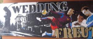 Wedding freut sich. Wandbild. Foto Andrei Schnell.