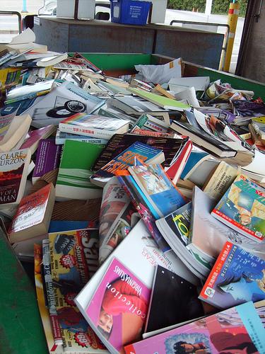 book waste von urbanwild