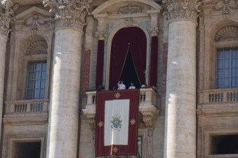 Rome xmas day pope