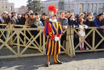 Rome xmas day vatican guard