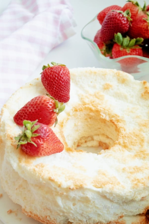 The Best Light and Fluffy Angel Food Cake