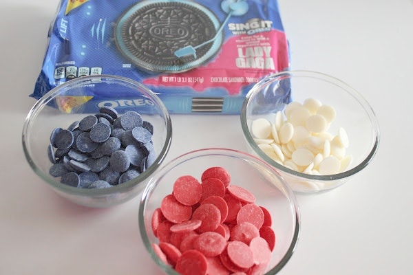 Ingredients for Oreos