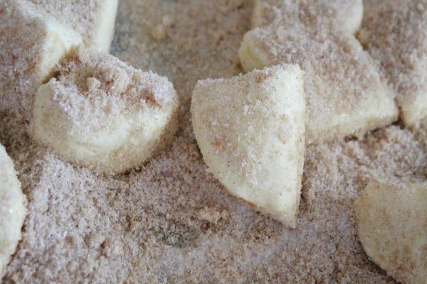 Biscuits in Cinnamon Sugar