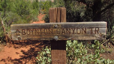 A leisurely hike through the canyon