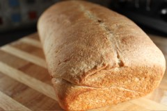cinn_bread_loaf_board_glam