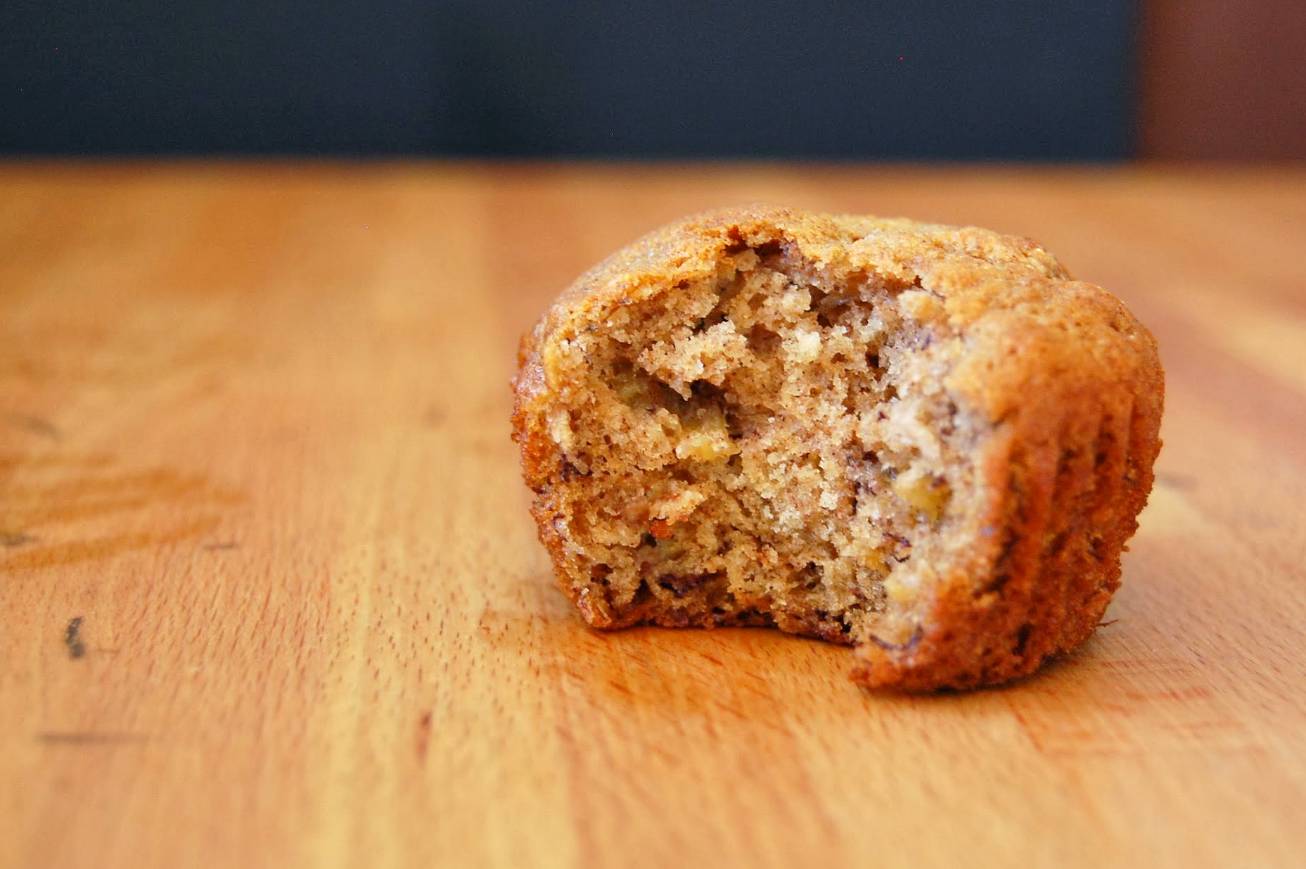 whole wheat roasted banana muffins | wee eats
