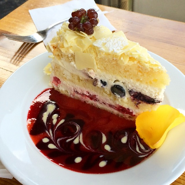 Extraordinary Desserts Chocolate Ganache Cake