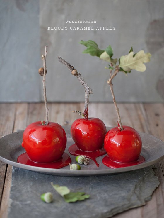 FoodieCrush-Bloody-Caramel-Apples-004-HR