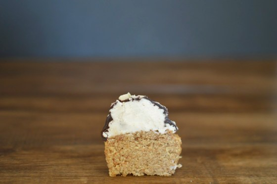 drumstick cupcake 1036