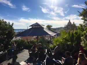 Terrasse Du Park Bar Sur Le Toit Parking Dans Le Bairro