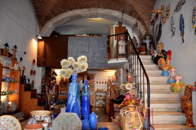 santos-oficios-boutique-cadeaux-et-souvenirs-art-populaire-lisbonne