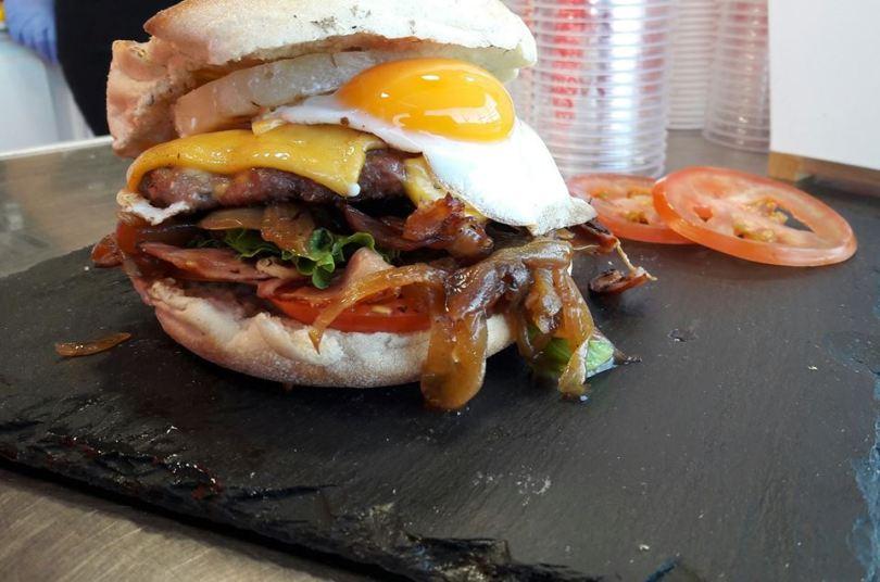 hamburger-trinkaki-hamburgueria-premium-food-truck
