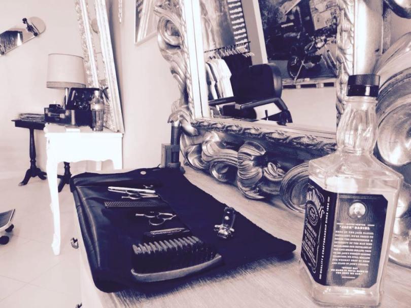 3-dukes-barbier-coiffeur-homme-odivelas-lisbonne