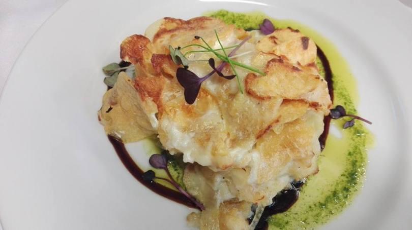 Bacalhau com natas (moue a la creme) de Mesa o Bairro - Restaurant et Caviste - Lisbonne