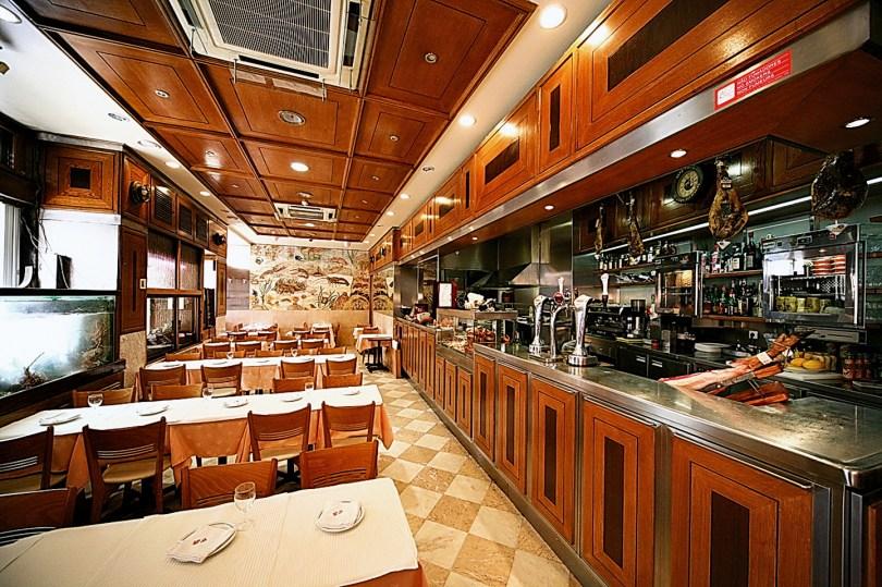 Restaurant Ramiro Lisbonne - Specialiste poissons et crustaces