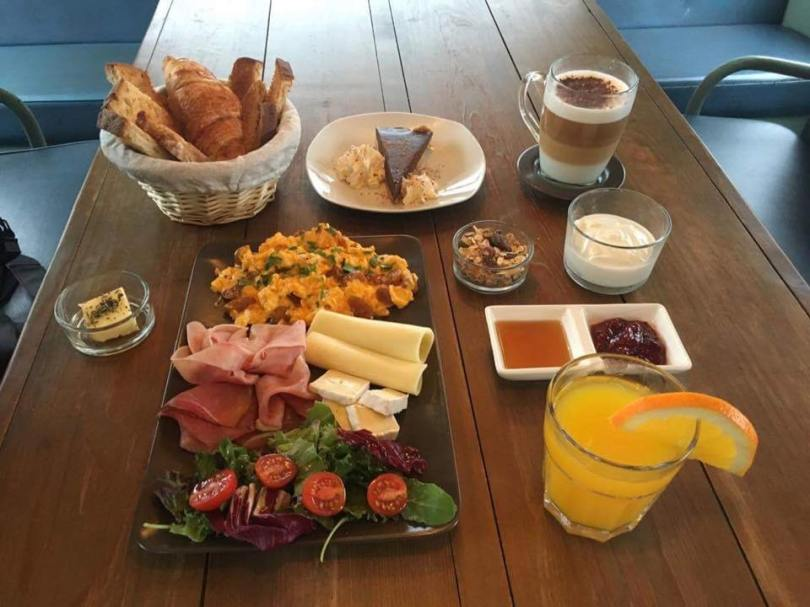 Brunch Cafetaria Village - Bar Cafe Village Underground - Lisbonne