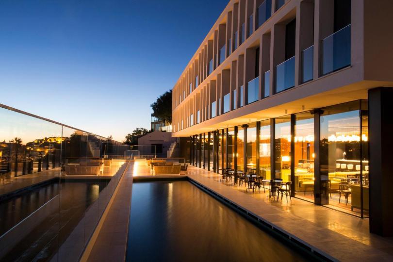 Memmo Principe Real - Terrasse et piscine exterieure - Boutique hotel 5 etoiles - Lisbonne