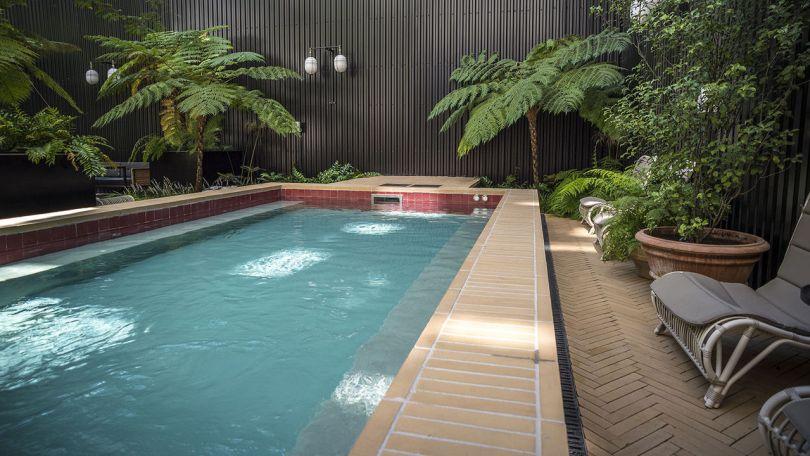 Piscine dans patio interieur - Hotel Valverde - 5 etoiles - Lisbonne