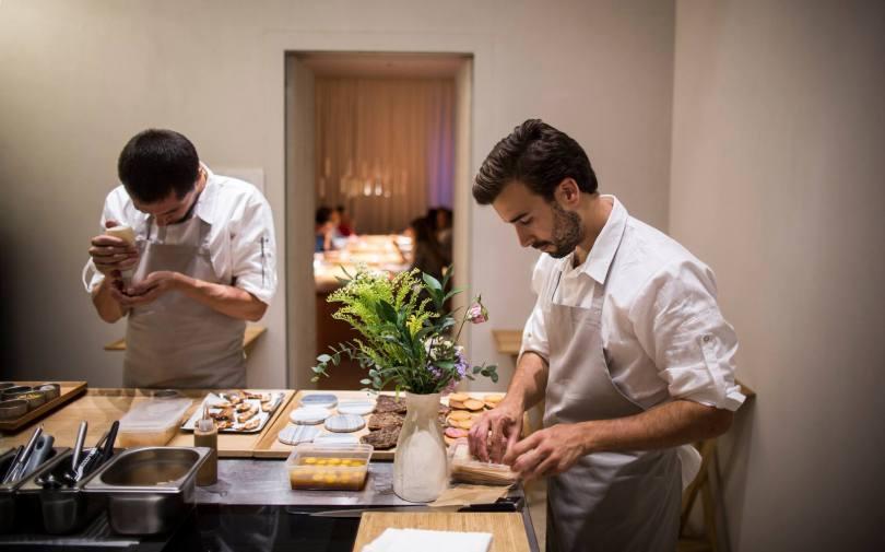 Dressage des plats au restaurant Ceia - Hotel Santa Clara 1728 - Lisbonne