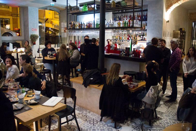 Salle du bar - restaurant Zazah - Lisbonne