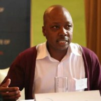 Interview met Taku Fundira, promotor van het onvoorwaardelijk basisinkomen in Zuid-Afrika post thumbnail image