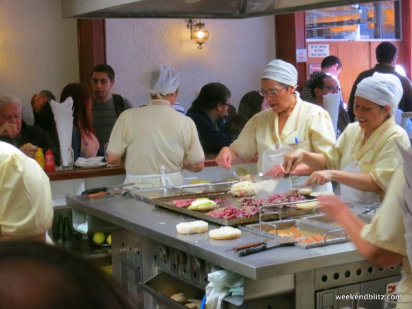 The kitchen at La Fuente Alemada is right in the middle of the restaurant.