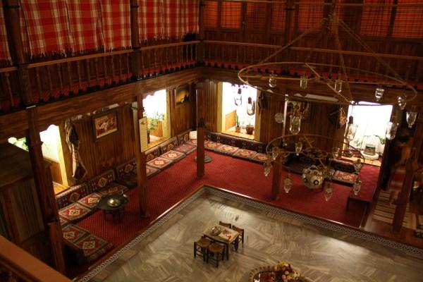 The lobby/chaning area at the Suleymaniye Hammam