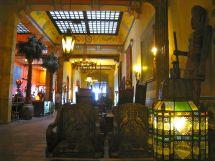 Hotel Figueroa Lobby Weekend Del Sol
