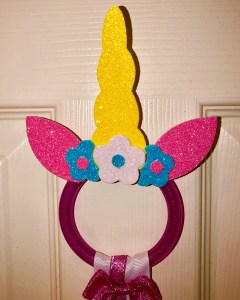 DIY unicorn bow holder