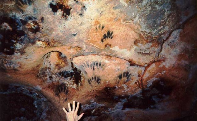 handprints in loltun cave system
