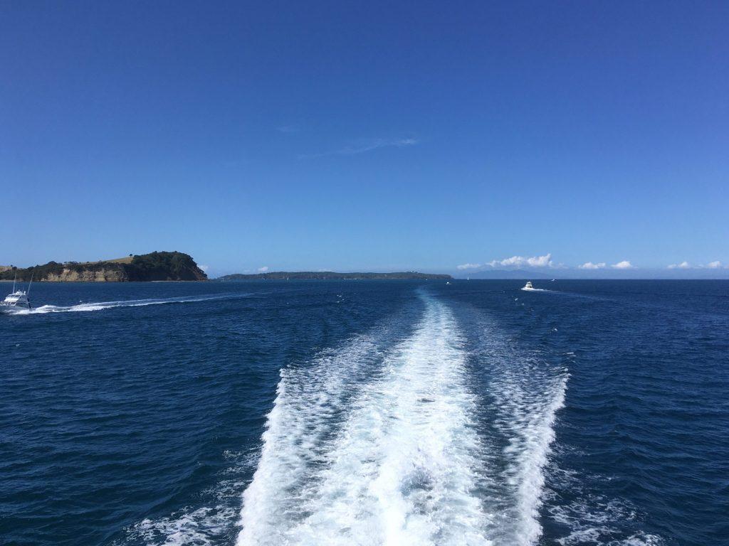 Tiritiri Matangi retreats in the distance