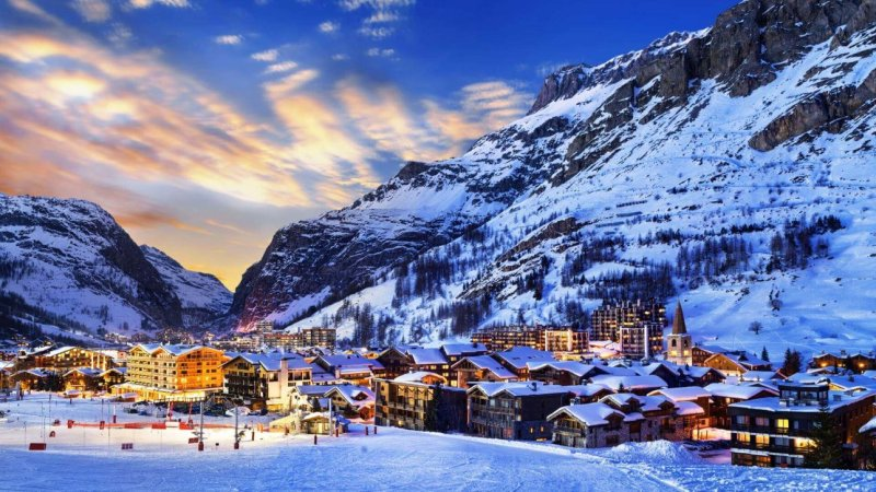 6 Best Resorts For Skiing In The Alps