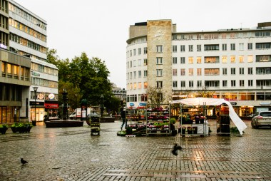 A wet and grey morning on Gustav Adolfs torg in Malmö.