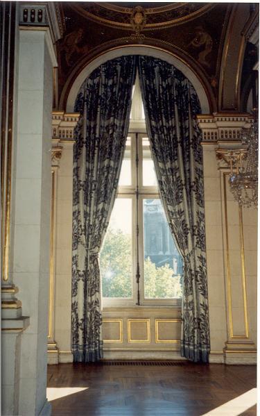 paris-hotel-de-ville-5-50.JPG