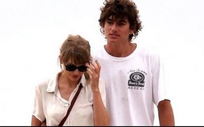 Taylor Swift dating Robert Pattinson