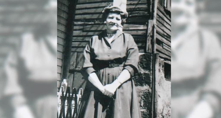 Mabel Hull