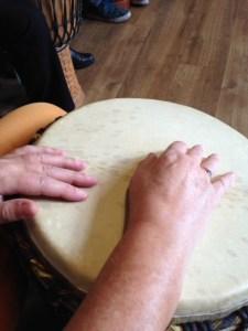 Wiens handen zijn dit??