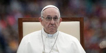 """Don't Say """"Lead Us Not Into Temptation"""", Instead Say This... Pope Francis Changed """"The Lords Prayers"""""""