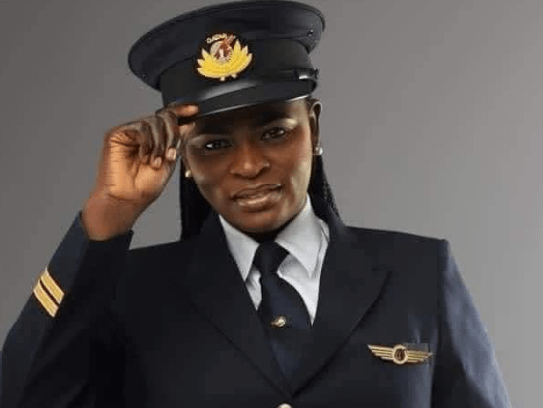 Meet Another Youngest First Female Nigerian Pilot To Fly Qatar Air To Abuja