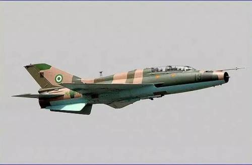 BREAKING!! Heavy Gunshots, Tension As Nigerian Soldiers Conduct Air Strikes In Imo State In Search of Nnamdi Kanu's Eastern Security Network