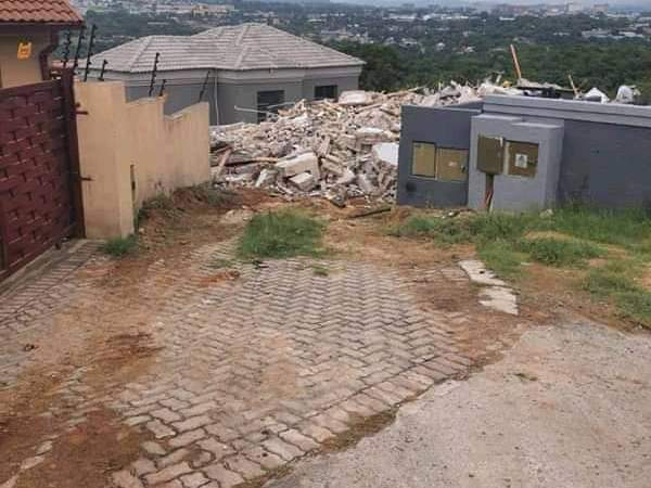Man Demolishes House He Built For Girlfriend After She Broke Up With Him (Video+Photos)